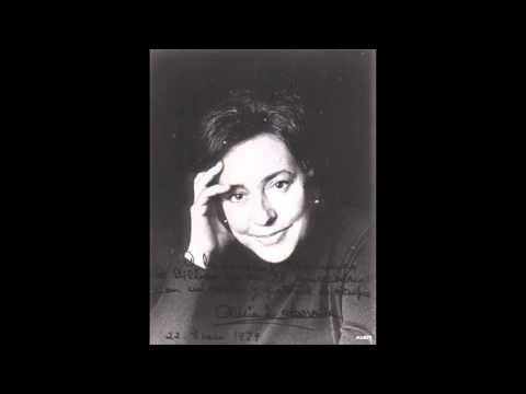 Alicia de Larrocha plays Mozart Piano Concerto No. 22 in E-flat major K. 482