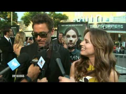 Susan Downey & Robert Downey Jr  Adorable on the red carpet