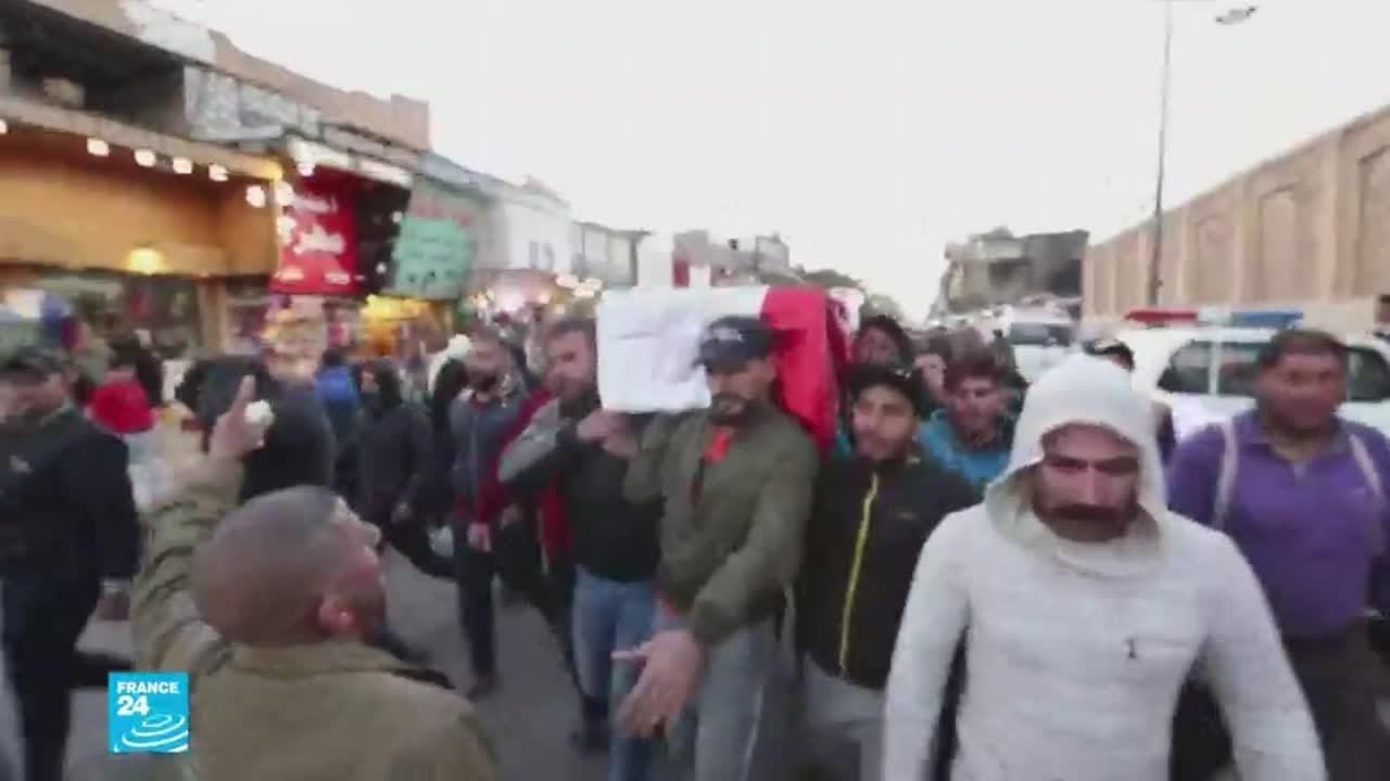 بغداد تشيع قتلى التفجيرين الانتحاريين وأهالي الجرحى قلقون على مصير أبنائهم  - نشر قبل 2 ساعة