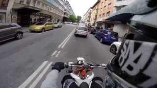 KTM EXC 125 -- Stuck in traffic