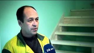 Монтаж деревянной лестницы(Монтаж деревянной лестницы Челябинск, установка ступеней, косоуров, балясин, перил. http://euroles.su., 2011-11-07T06:24:04.000Z)