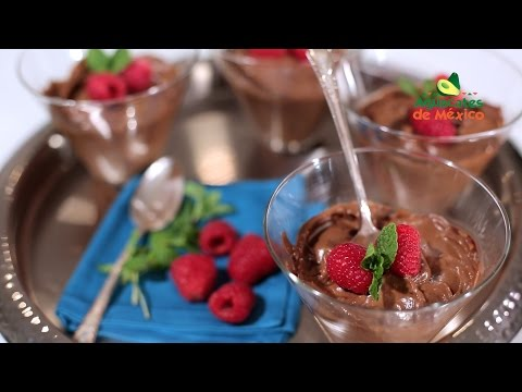 How to Make Mexican Chocolate and Avocado Pudding   Muy Bueno