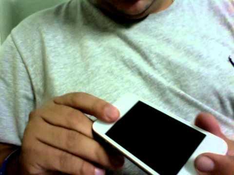 iPhone 4G Branco Montado com Touch e Tampa Branca Transparente.