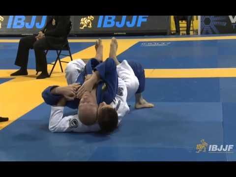 Rafael Mendes v Tuomas Tammilehto - 2014 IBJJF Worlds Black Belt Featherweight