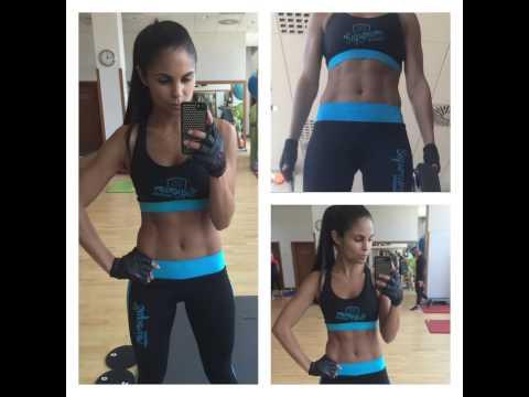 Karolina Huvarova - Cvičení - šikmé břišní svaly, abs sixpack workout bikini fitness