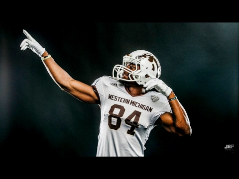 Most Exciting WR in College Football    Western Michigan WR Corey Davis 2016 Highlights ᴴᴰ