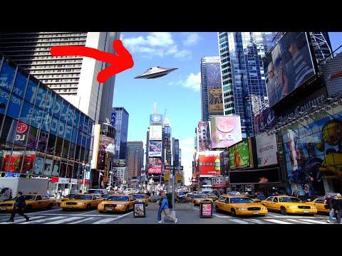 कैमरा में कैद हुई UFO   Aliens UFO sightings in Hindi   Tech & Myths