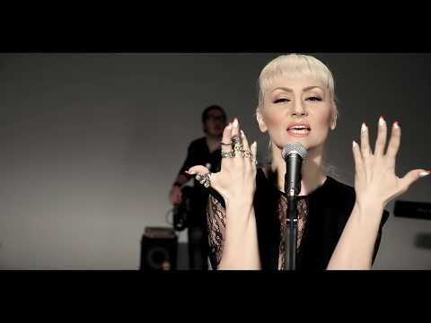 Goca Trzan - Gluve usne - (Official Video 2014)