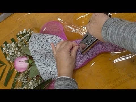 5 Ways To Present A Single Rose