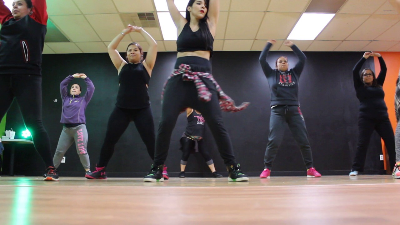Download Daddy PSY zumba Routine by Di huizar