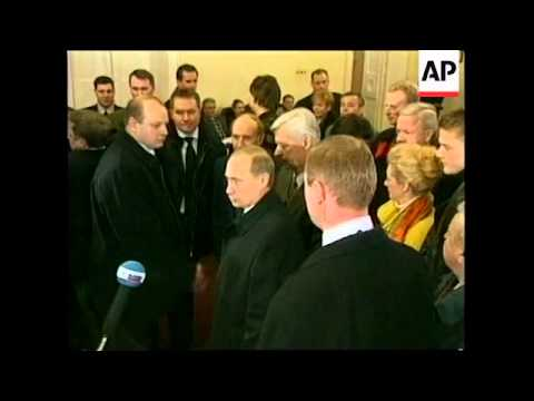 RUSSIA: PUTIN VOTES IN PRESIDENTIAL ELECTION