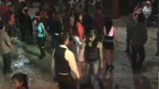 grupo angeles del amor en baile de pantepec puebla 2 part.