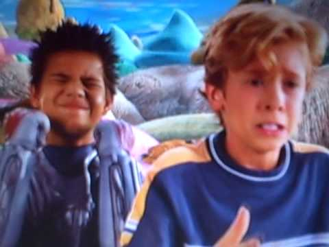 'Shark boat with turbo boosters...!! -Sharkboy [Taylor Lautner]