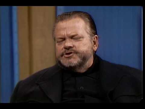 Orson Welles praises Harry Cohn