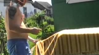 Ремонт и перетяжка дивана своими руками.wmv(http://miagkaia-mebel.ru Обучающее видео. Пошаговый процесс перетяжки дивана