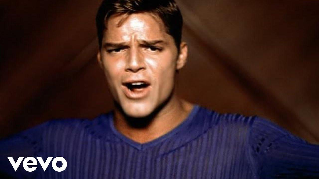 Download Ricky Martin - La Bomba (Video (Spanish)(Remastered))