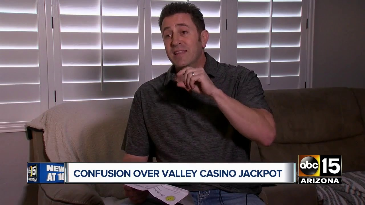Man fighting casino over slot machine payout