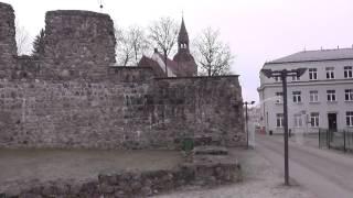 Развалины замка Ливонского ордена и Валмиерский музей(Валмиерский замок – это средневековая крепость, с появлением которой начинается история города Валмиере...., 2016-12-13T15:01:56.000Z)