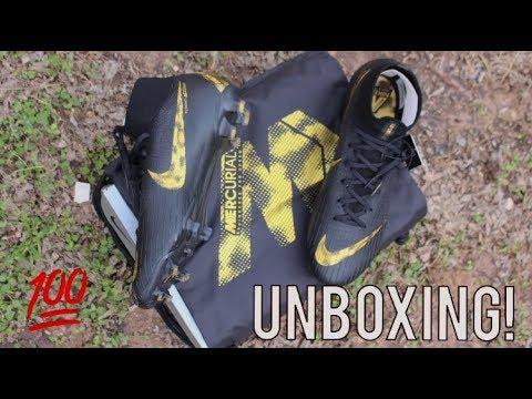 690189cd7e21 Nike Mercurial Superfly 6 Elite Nike Black Lux Pack - Unboxing ...