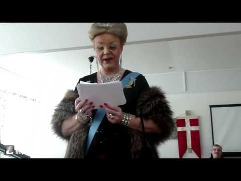 Julie møder dronningen