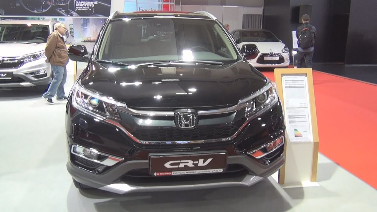 Honda cr v 1 6 4wd premium 2016 exterior and interior in for Honda crv 6 cylinder