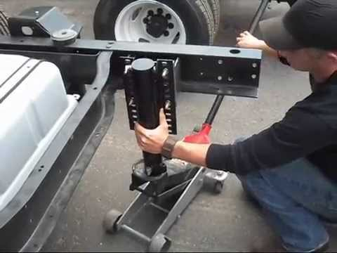 Bigfoot Leveling: Basic Cylinder Installation