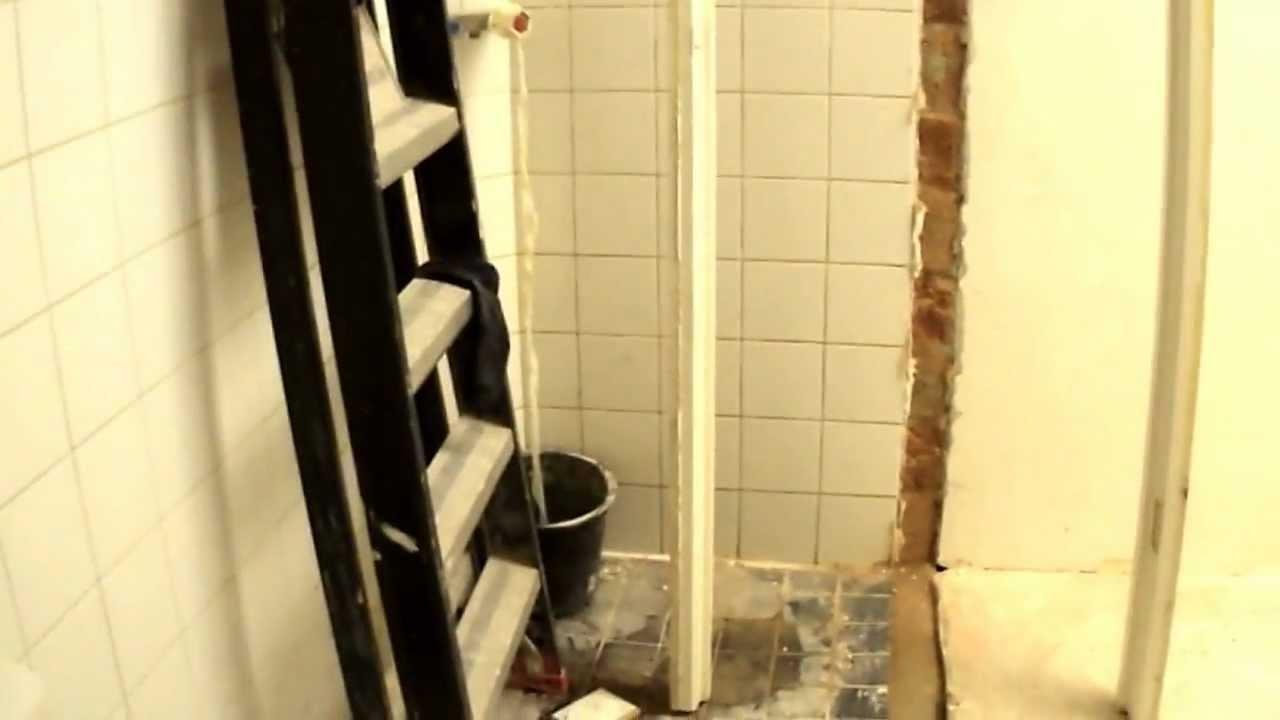 Badkamer verbouwen deel 1 - YouTube