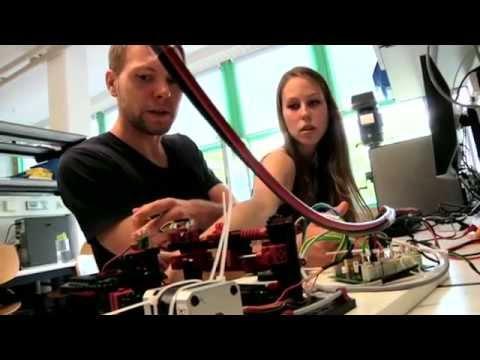 Hendrik, Ines und David studieren Elektrotechnik in Ulm und sind begeistert