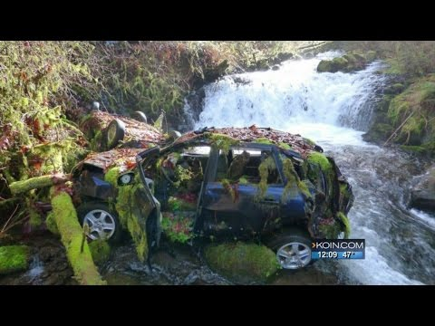 The Columbia River Gorge's abandoned car problem
