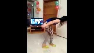 رقص بنات مراهقات وهايجات و تلعب في كسه نيج مو طبيعي شاهد قبل الحذف