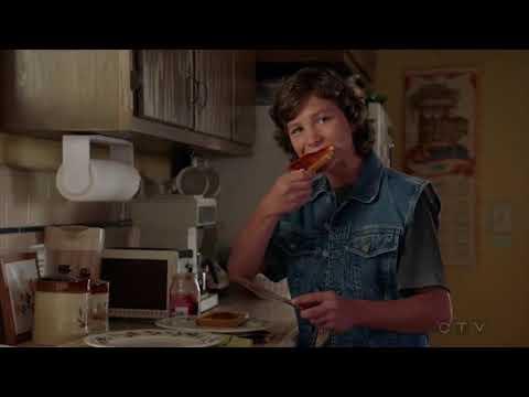 32-sheldon-choked-on-a-sausage-young-sheldon