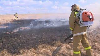 Жители Глуховки осваивают новое пожарное оборудование(, 2017-03-10T08:14:17.000Z)
