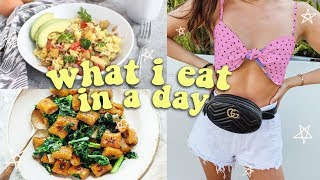 WHAT I EAT IN A DAY (how i stay fit)
