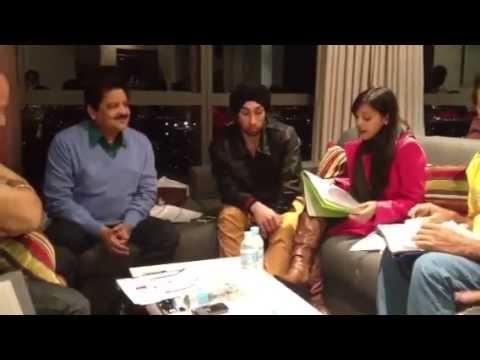 Udit Narayan Rehearsing- Radha for a concert Mp3