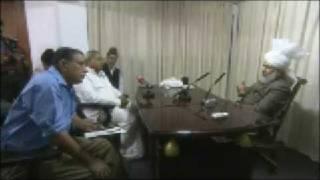 Huzoor's Press Interview at Calicut, Kerala - Part 4 (English)