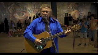 Don McLean at the Van Gogh Museum: live performance Vincent (Starry Starry Night)