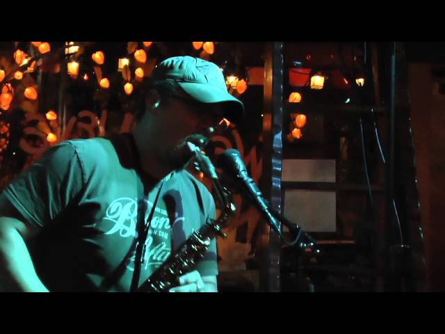 "Noah Peterson ""Smoke This"" live at Oberon's Tavern"