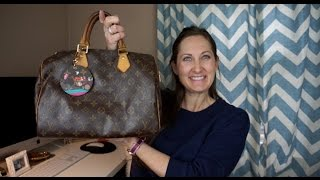 Whats in my Bag Feat.  Louis Vuitton Speedy 30