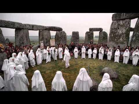 Newgrange - Alex Sharpe