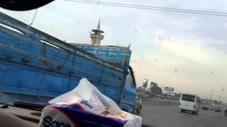 بالفيديو.. قوات أمن الإسكندرية تطارد سائقا هاجم كمين شرطة