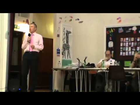 Willie Rennie and Tommy Sheridan debating Scottish Independence in Dunfermline
