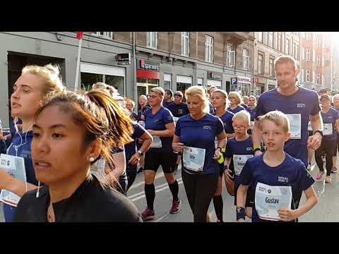 Royal run Copenhagen s9 super slo mo