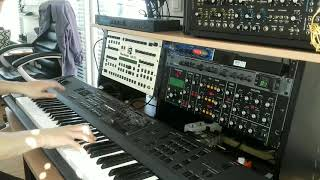 R1 NRSynth Goes to Rick Wakeman Minimoog D Style (Part Two)