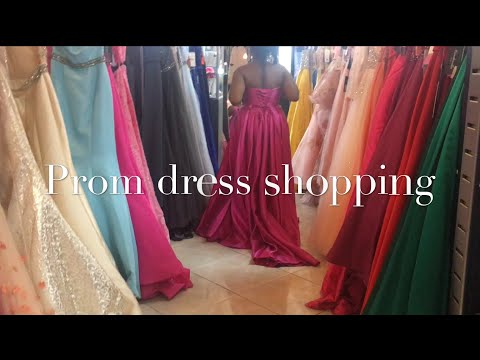 prom-dress-shopping