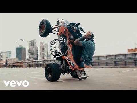 Preto Show - Baixa Mais um Pouco ft. MOB, Eva Rap