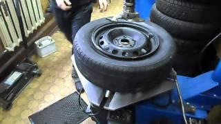 Монтаж и демонтаж колес автомобиля