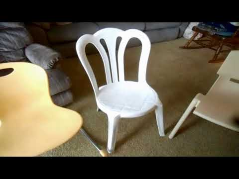 Bryan's Top 5 Favorite Plastic Chairs Revised & Revisited