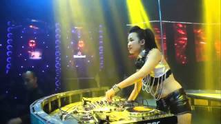 Download Mp3 Nonstop 2015 ♫ Nhạc Sàn Dj Trang Moon Quẩy Tại Bar ♫   In The Mix Dj Tít Xinh