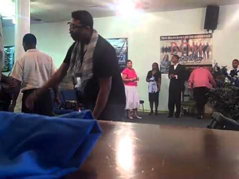 Praise break (Prophet Brian carn in Houston)