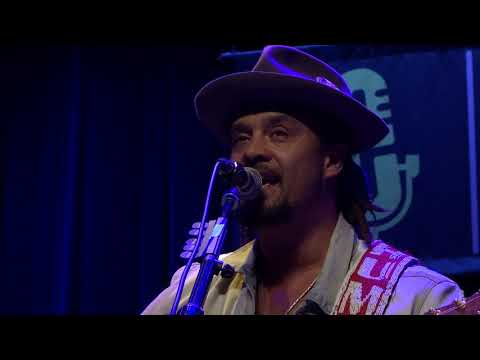 Michael Franti - Just To Say I Love You (Live on eTown)